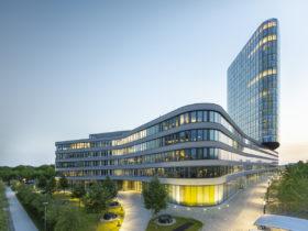 ADAC Zentrale München Headquarter Tower Architekturfotografie