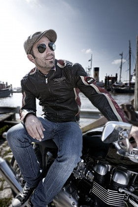 Niels Peter Jensen - Triumph - Michael Pruckner Fotografie
